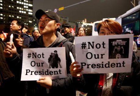Be boi Choigate: Tong thong Park lieu thoat 'an' phe truat? - Anh 2