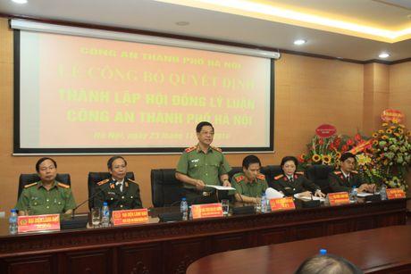 Ra mat Hoi dong ly luan Cong an TP Ha Noi - Anh 2