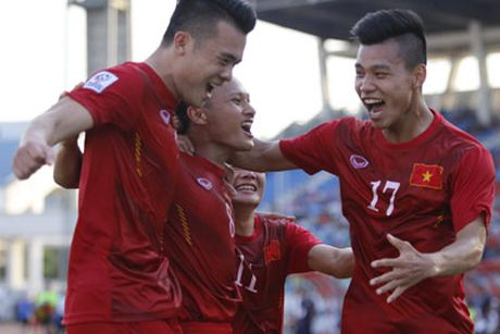 Chi tiet Malaysia - Viet Nam: 3 diem gian kho (KT) - Anh 14