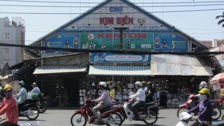 Co quan chuc nang gan 'mat than' giam sat hoat dong cho 'than chet' Kim Bien - Anh 1