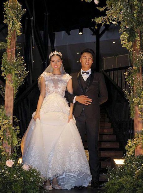 Con trai dau long cua Ky Han - Mac Hong Quan vua chao doi, nang 2,2kg - Anh 2