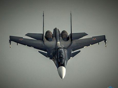 Hai quan Nga tiep nhan them 6 Su-30SM va 10 truc thang - Anh 1