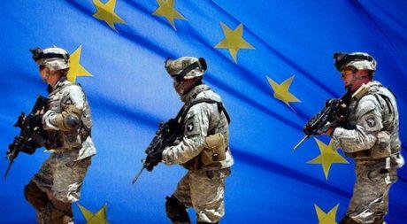 Ngai NATO suy yeu, chau Au sap thanh lap quan doi chung - Anh 1