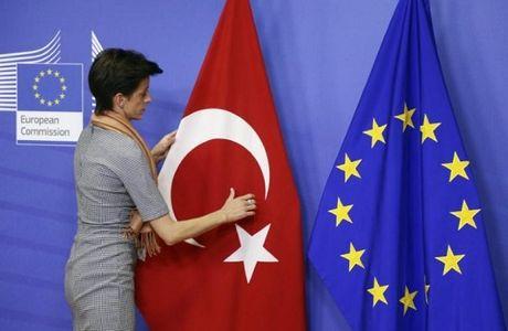 EU muon chap dut dam phan gia nhap khoi cua Tho Nhi Ky - Anh 1
