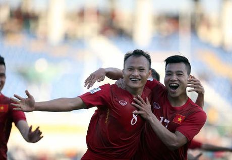 AFF Cup ky su: Vui sao nuoc mat lai trao - Anh 2