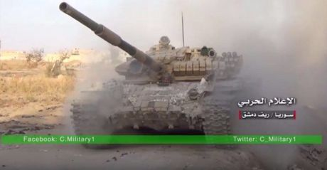 Quan doi Syria siet chat thong long quanh thanh tri phien quan - Anh 1