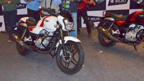 Xe con tay Bajaj V12 gia re hon Honda Wave tai Viet Nam - Anh 1