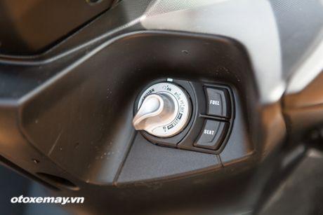Chi tiet 'Sieu xe tay ga the thao' Yamaha NVX - Anh 15