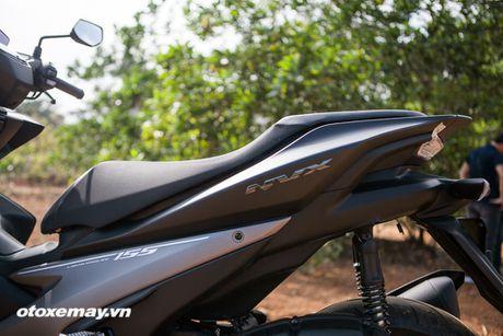 Chi tiet 'Sieu xe tay ga the thao' Yamaha NVX - Anh 18
