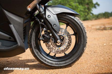 Chi tiet 'Sieu xe tay ga the thao' Yamaha NVX - Anh 3