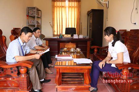 Buu dien Thanh Chuong ky hop dong dat mua bao dang nam 2017 - Anh 1