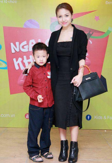 Song nhu Van Hugo: Khong lang phi bat ki giay phut nao trong cuoc doi! - Anh 25
