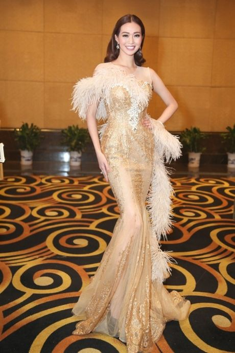 Khanh My duoc netizen so sanh voi Cung Loi, hoi ngo HKT tai Trung Quoc - Anh 14