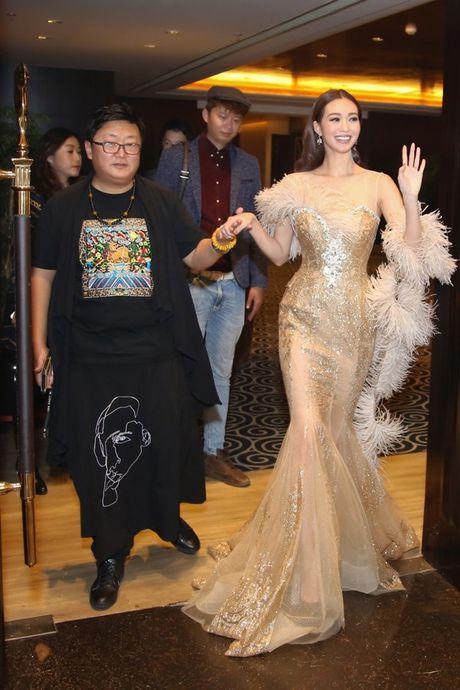 Khanh My duoc netizen so sanh voi Cung Loi, hoi ngo HKT tai Trung Quoc - Anh 1
