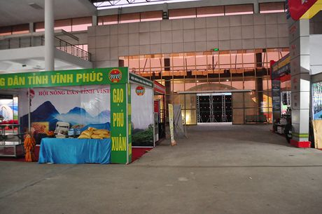 Goc khuat phi ly tai Hoi cho Nong nghiep - Thuong mai khu vuc Tay Bac - Anh 10