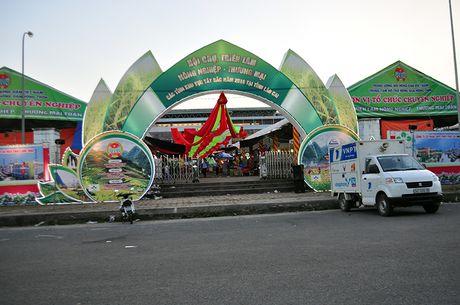 Goc khuat phi ly tai Hoi cho Nong nghiep - Thuong mai khu vuc Tay Bac - Anh 2