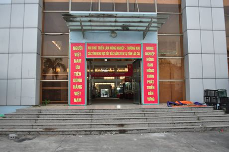 Goc khuat phi ly tai Hoi cho Nong nghiep - Thuong mai khu vuc Tay Bac - Anh 3