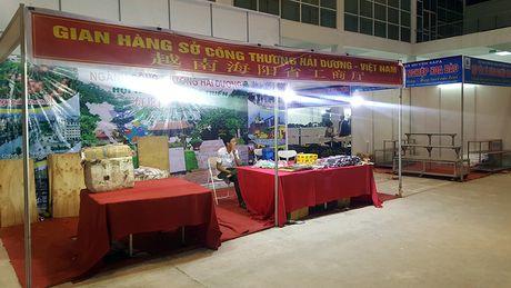 Goc khuat phi ly tai Hoi cho Nong nghiep - Thuong mai khu vuc Tay Bac - Anh 8