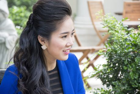 Le Phuong dien xuat xuat than trong 'Nuoc mat chay nguoc' - Anh 1