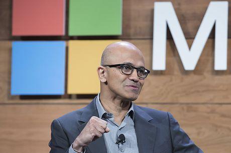 CEO Microsoft 'cham biem' khi Apple tao iPad Pro nhu Surface - Anh 1