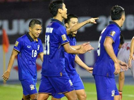 Thai Lan - Singapore (1-0): Khoan cat be tong - Anh 1