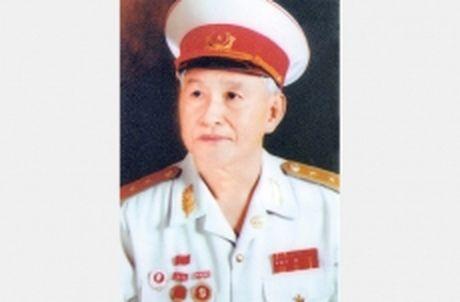 Tin buon: Trung tuong Vu Trong Canh tu tran - Anh 1