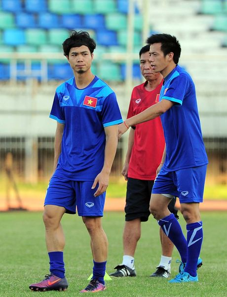 Guong mat duom buon cua Cong Phuong - Anh 3