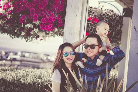 To am hanh phuc cua Miss Teen Huyen Trang tren dat My - Anh 3