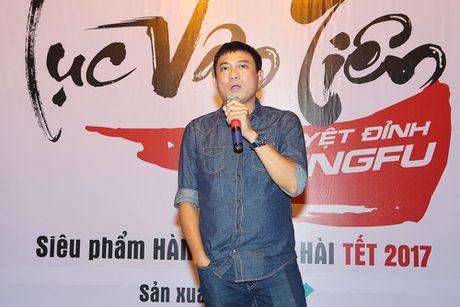 Hoang Phuc hon vo tre tai buoi dong may phim dau tay - Anh 4