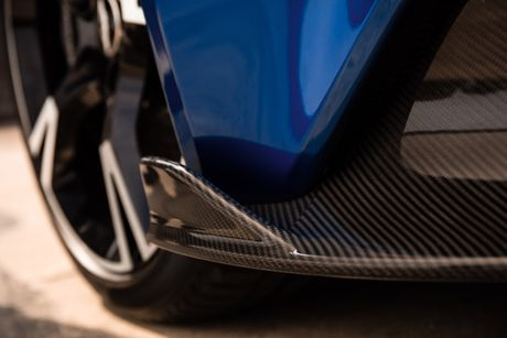 Aston Martin gioi thieu Vanquish S manh gan 600 ma luc - Anh 5