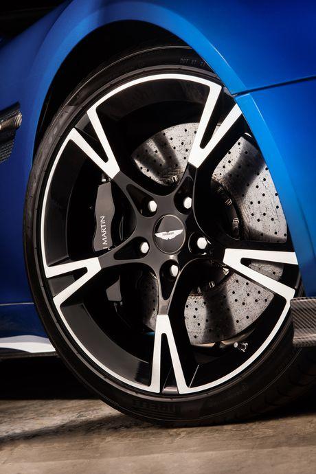 Aston Martin gioi thieu Vanquish S manh gan 600 ma luc - Anh 6