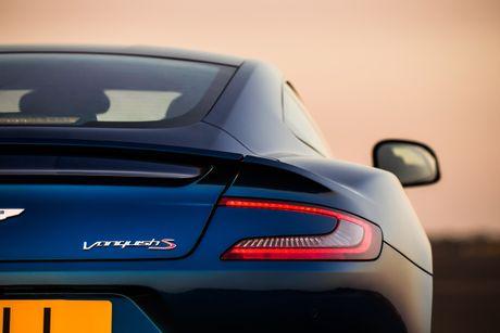 Aston Martin gioi thieu Vanquish S manh gan 600 ma luc - Anh 7