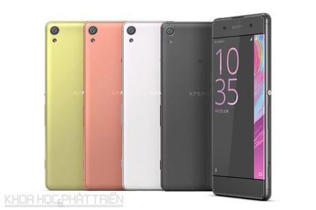 Smartphone selfie, thiet ke dep cua Sony giam gia soc - Anh 2