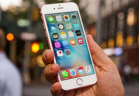 Apple thay pin mien phi cho iPhone 6s tat nguon dot ngot - Anh 1