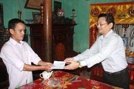 Ban ATGT tinh Binh Dinh tham gia dinh nan nhan TNGT - Anh 1