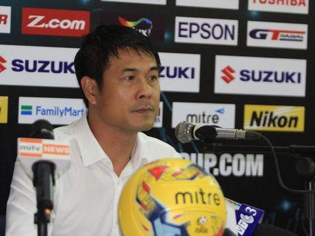 HLV Nguyen Huu Thang chua nghi toi doi thu o vong ban ket - Anh 1