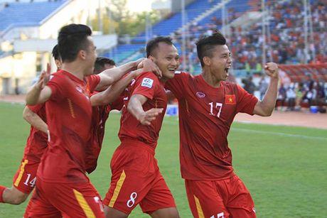 HLV Nguyen Huu Thang chua nghi toi doi thu o vong ban ket - Anh 2