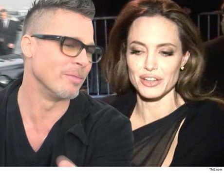 Chieu cac con, Angelina Jolie BAT NGO goi Brad Pitt ve ben mai am - Anh 1