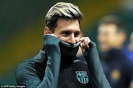 Chum anh: Dan sao Barca kho so trong gia lanh truoc tran gap Celtic - Anh 1