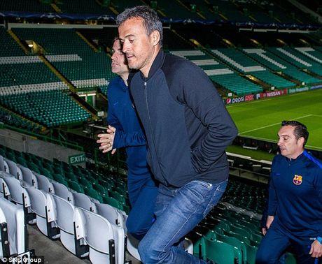 Chum anh: Dan sao Barca kho so trong gia lanh truoc tran gap Celtic - Anh 7