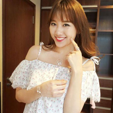 Thuong hieu giay Hari Won bi to no luong phai chang la… chieu tro? - Anh 1