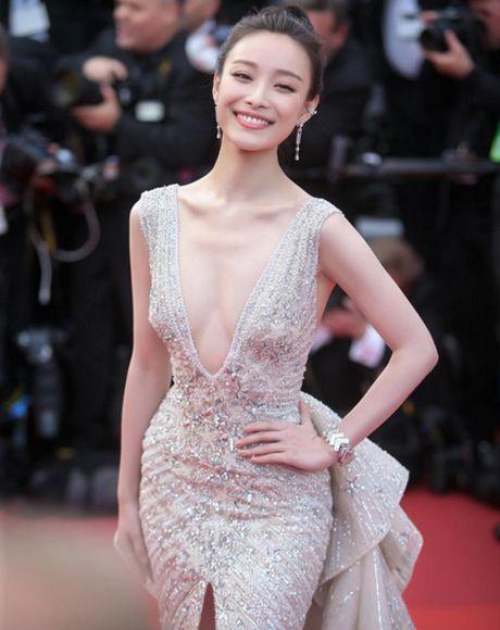 My nhan Hoa lan at sao Hollywood trong phim hanh dong - Anh 10