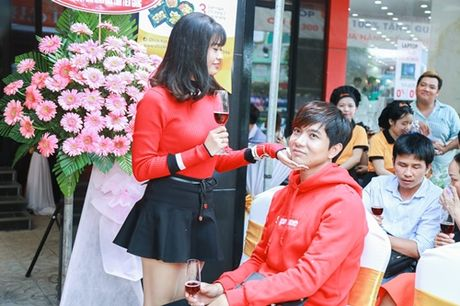 Vo chong Truong Quynh Anh tinh cam chon dong nguoi - Anh 5