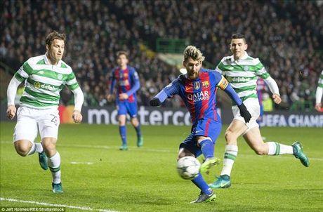 Celtic 0-2 Barcelona: Van la Lionel Messi - Anh 2