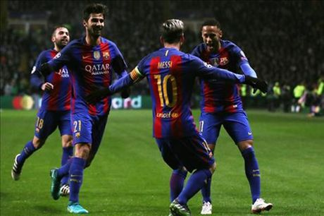 Messi cung co vi tri 'vua pha luoi', Barca thang de tren dat Scotland - Anh 2