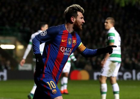 Thang nhe Celtic, Messi va Barcelona cung len dinh - Anh 10