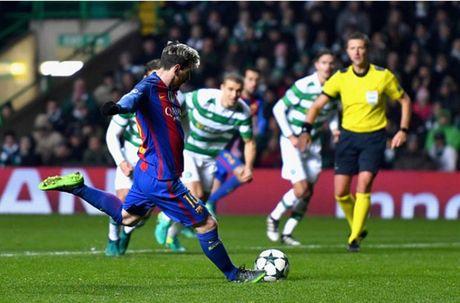 Thang nhe Celtic, Messi va Barcelona cung len dinh - Anh 8