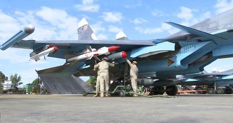 Khong kich cuong do cao o Syria, Su-34 troc ca son - Anh 3