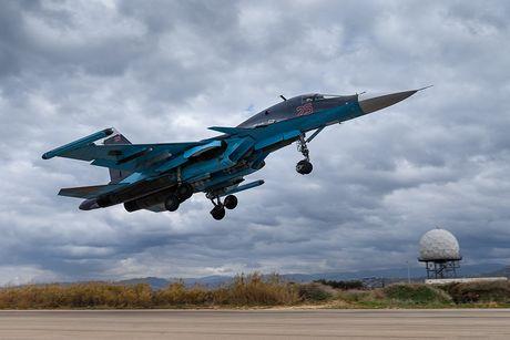 Khong kich cuong do cao o Syria, Su-34 troc ca son - Anh 6