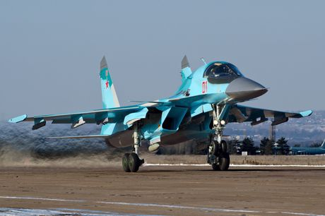 Khong kich cuong do cao o Syria, Su-34 troc ca son - Anh 7
